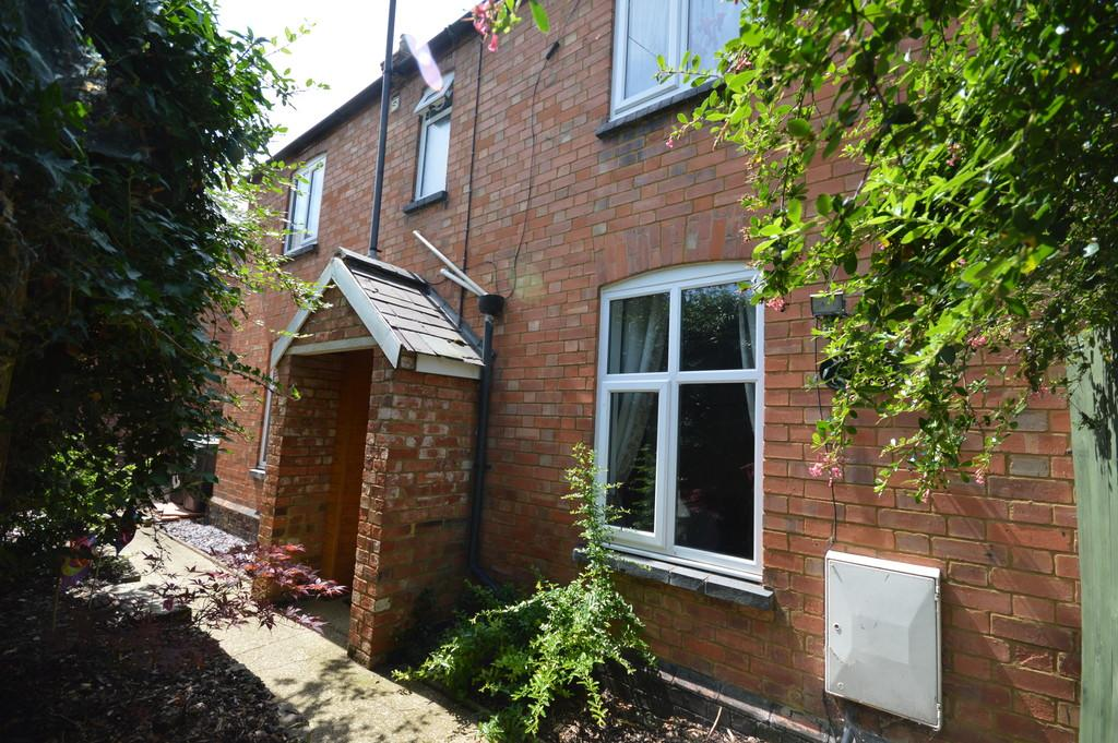 2 Bedrooms Cottage House for sale in Halford Street, Thrapston