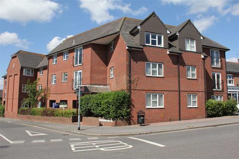 1 bedroom flat for sale - Sussex Court, Ashenground Road, Haywards Heath