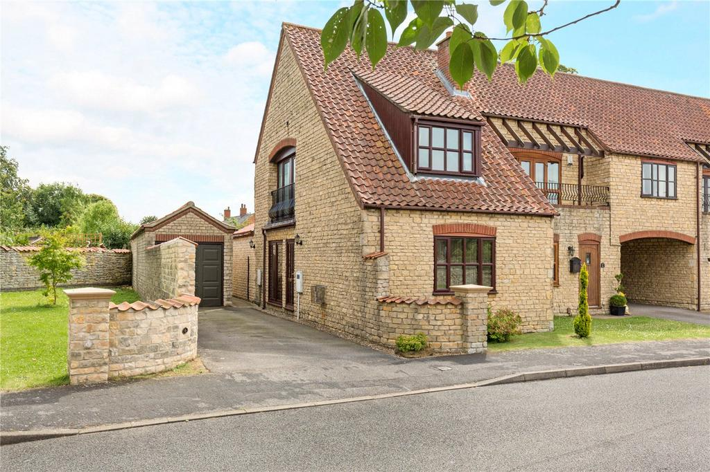 2 Bedrooms Mews House for sale in Viking Close, Waddington, Lincoln