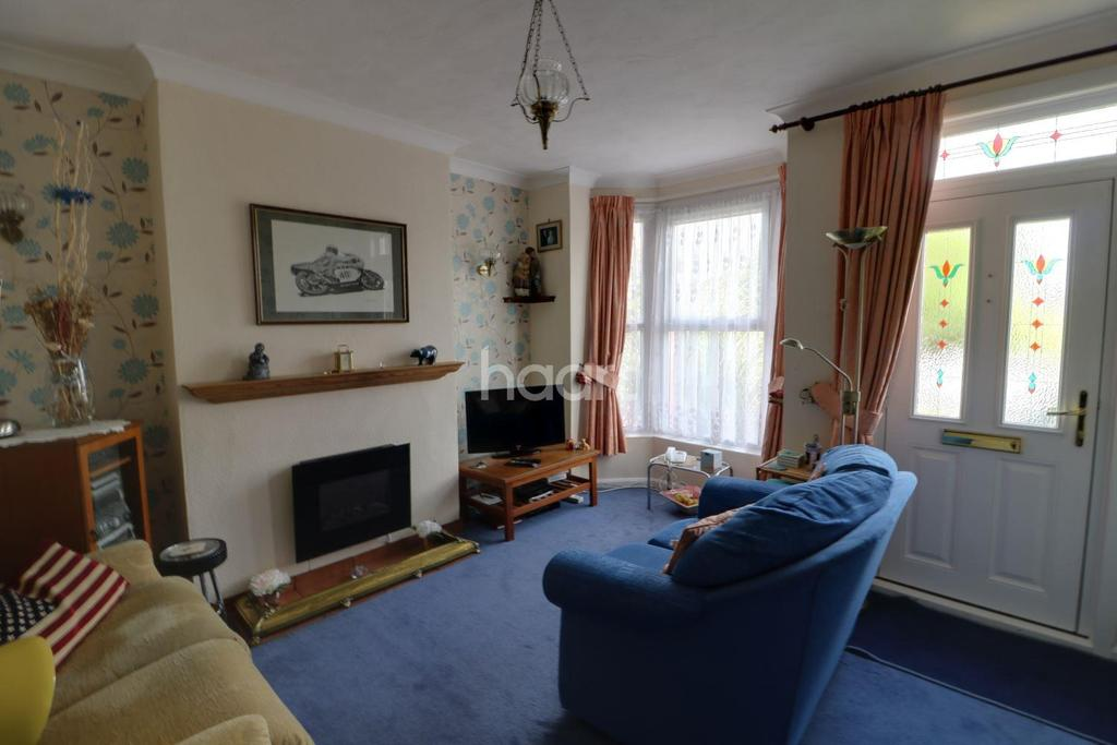 2 Bedrooms Terraced House for sale in Dereham Road, NR2