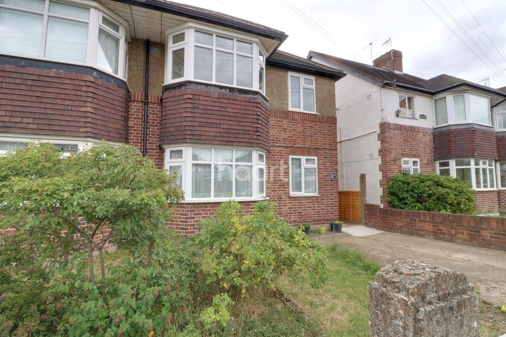 2 Bedrooms Maisonette Flat for sale in Hounslow