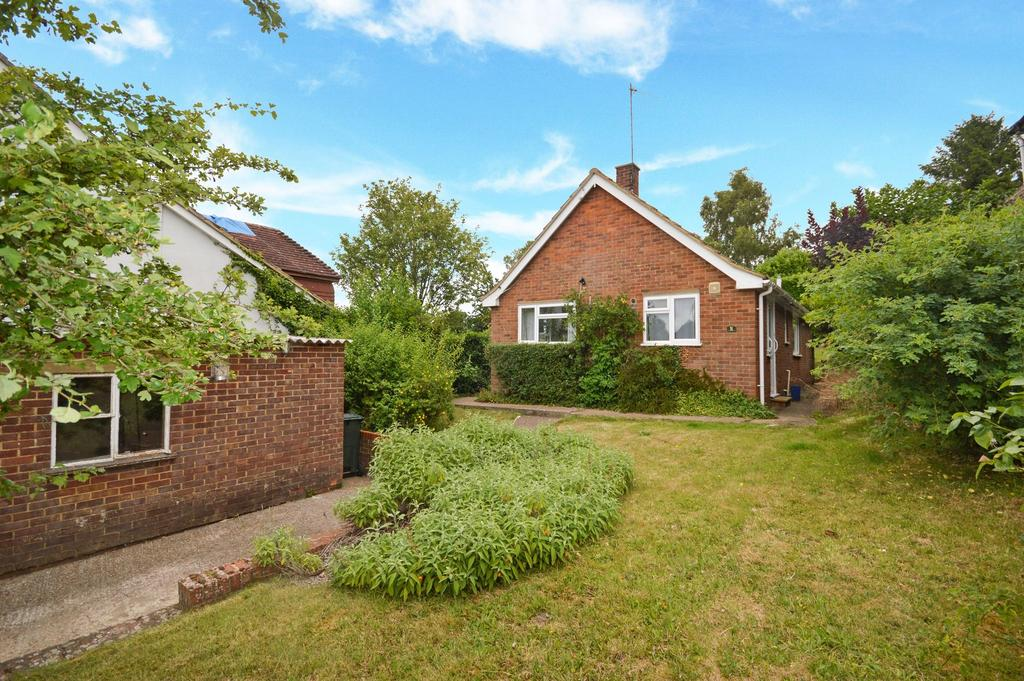 3 Bedrooms Bungalow for sale in Wye, TN25