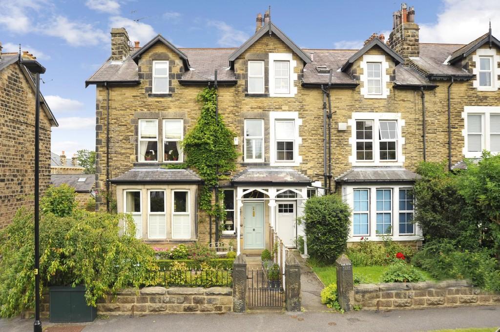 5 Bedrooms Semi Detached House for sale in West End Avenue, Harrogate