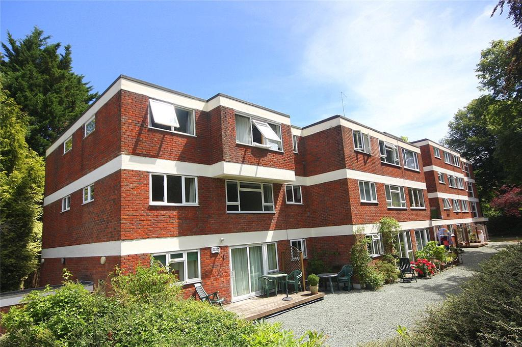 1 Bedroom Flat for sale in Surrey Road, Westbourne, Dorset, BH4
