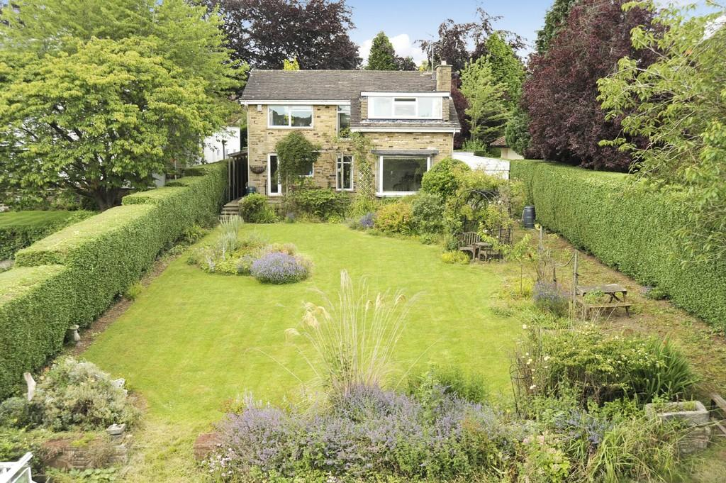 4 Bedrooms Detached House for sale in Lands Lane, Knaresborough