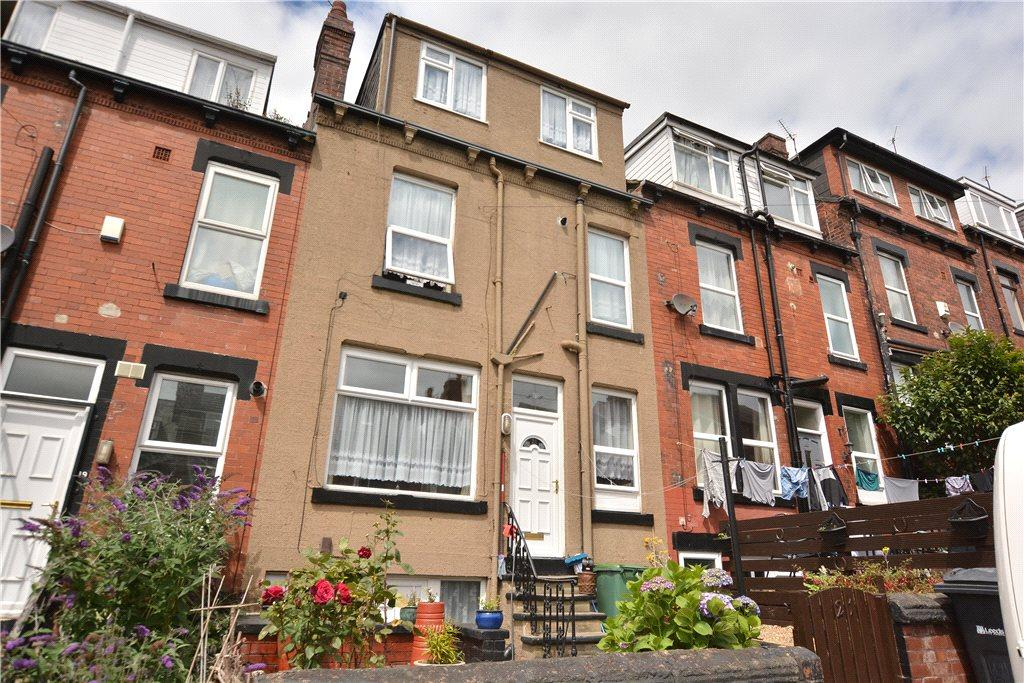 3 Bedrooms Terraced House for sale in Norman Grove, Leeds