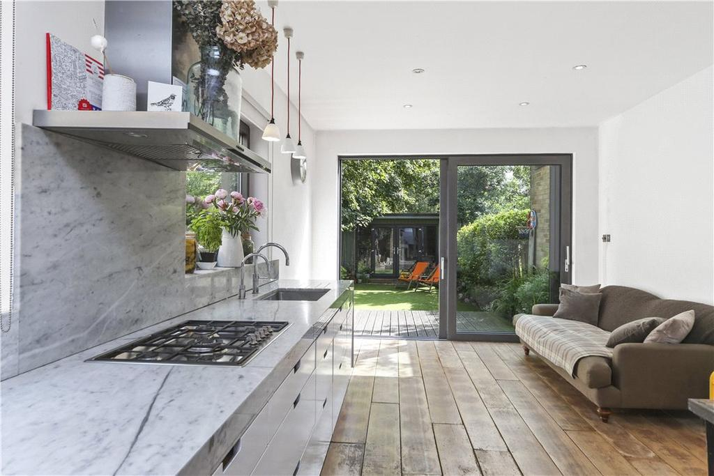 4 Bedrooms Terraced House for sale in Sellons Avenue, Harlesden, London, NW10