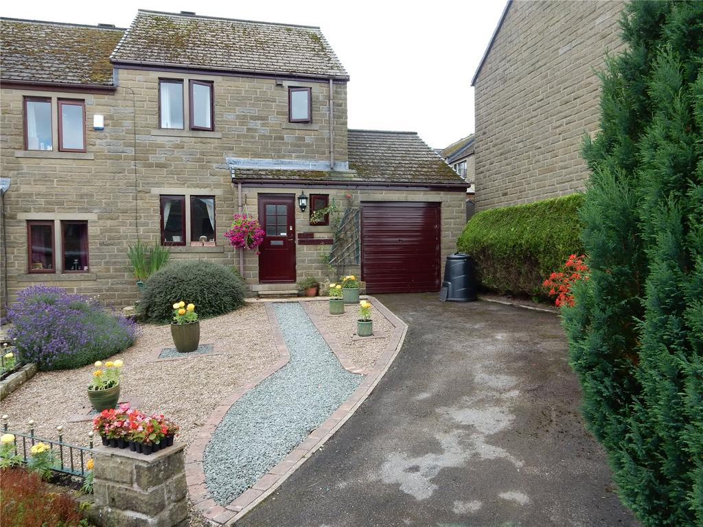 3 Bedrooms Semi Detached House for sale in Bayfield Close, Holmfirth, HD9