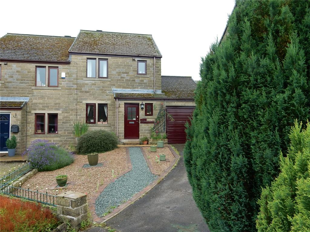 3 Bedrooms Semi Detached House for sale in Bayfield Close, Hade Edge, Holmfirth, HD9