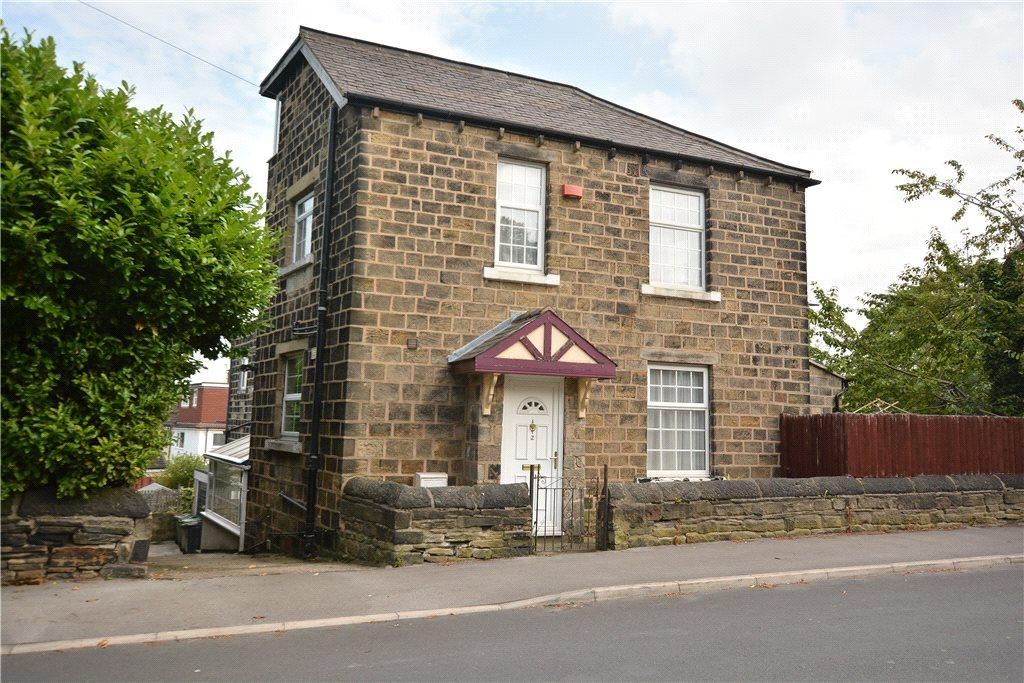 4 Bedrooms Semi Detached House for sale in Coppy Lane, Leeds, West Yorkshire
