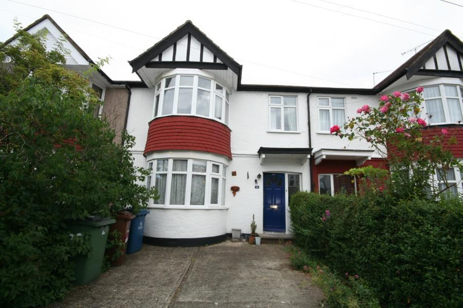 3 Bedrooms Terraced House for sale in Boxmoor Road, Kenton, HA3 8LH