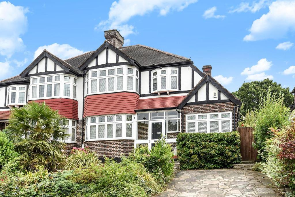 3 Bedrooms Semi Detached House for sale in Braeside, Beckenham, BR3