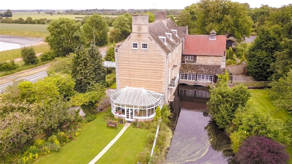 7 Bedrooms Unique Property for sale in Stamford Road, West Deeping, Peterborough, Cambridgeshire, PE6
