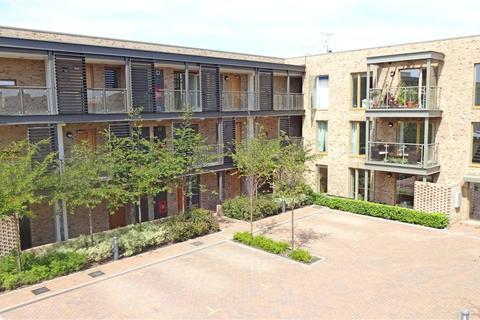 2 bedroom apartment to rent - Austin Drive, Trumpington, Cambridge, Cambridgeshire, CB2