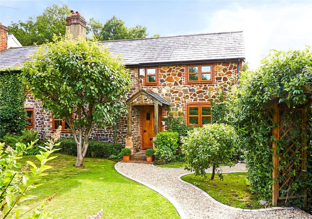 3 Bedrooms Semi Detached House for sale in Walnut Tree Cottage, Wrotham Heath, Sevenoaks, Kent, TN15