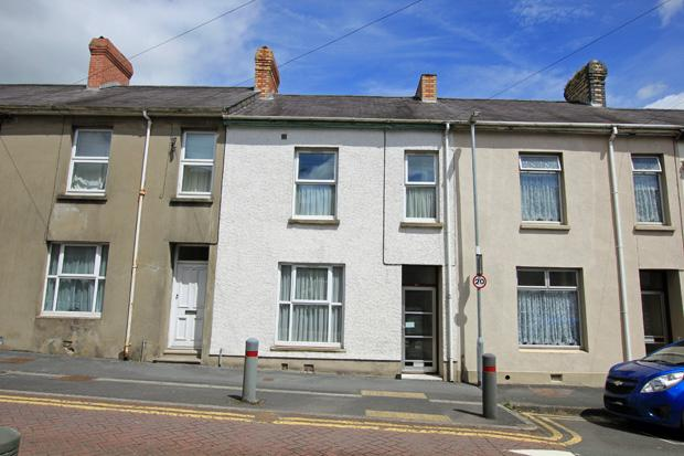 5 Bedrooms Terraced House for sale in Parcmaen Street, Carmarthen, Carmarthenshire