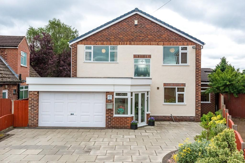 4 Bedrooms Detached House for sale in Laurel Drive, Eccleston, St. Helens