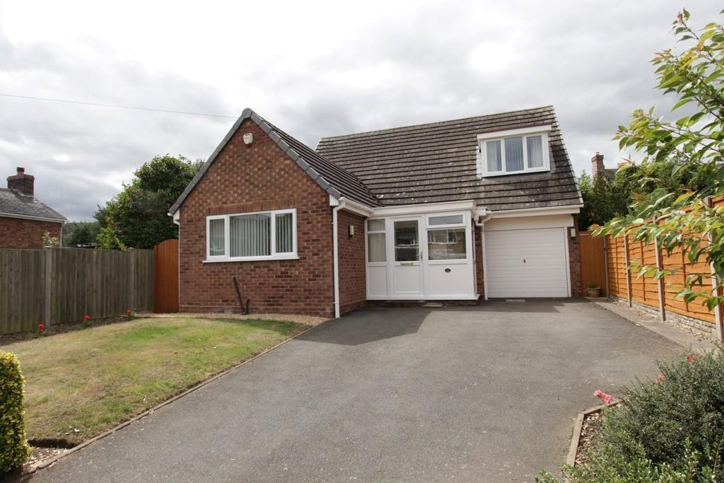 2 Bedrooms Detached Bungalow for sale in Fox Lane, Alrewas