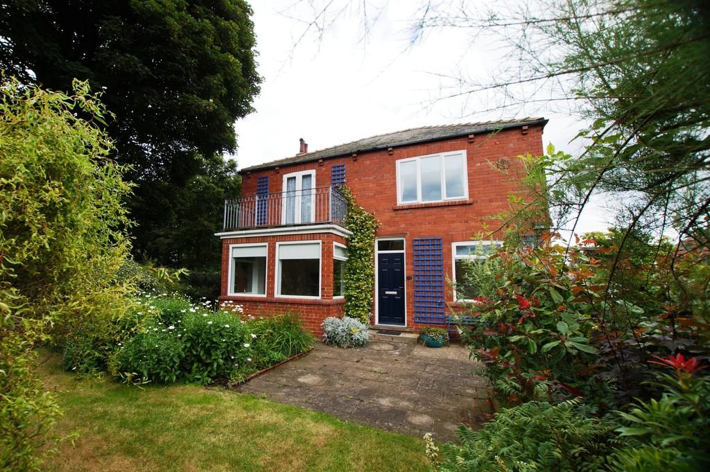 4 Bedrooms Detached House for sale in Westfield Avenue, Scarborough