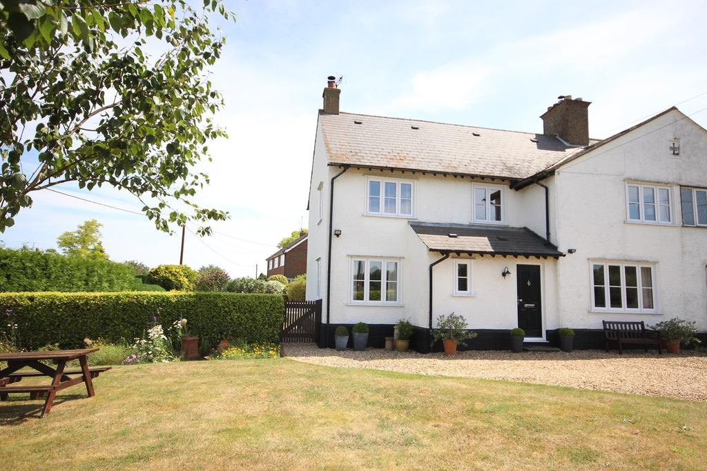 3 Bedrooms Semi Detached House for sale in Ampthill Road, Silsoe, MK45
