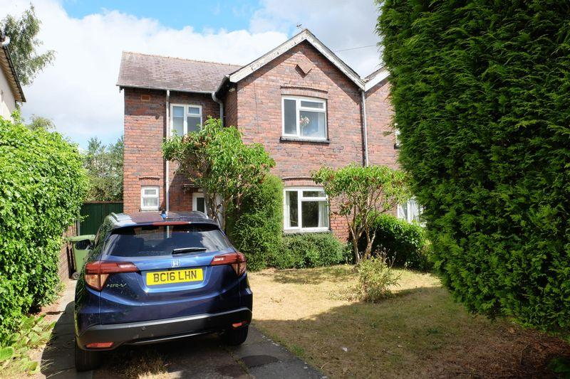 3 Bedrooms Semi Detached House for sale in Tomkinson Drive, Kidderminster DY11 6NP