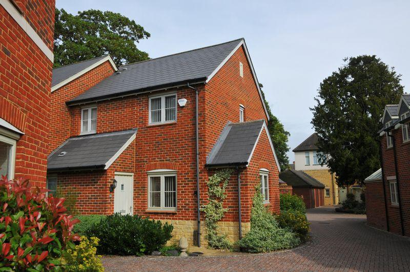3 Bedrooms Semi Detached House for sale in Acre End Close, Eynsham