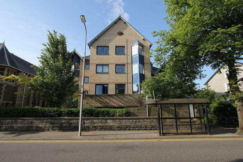 2 Bedrooms Retirement Property for sale in Stanwell Road, Penarth