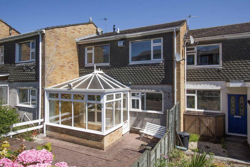 3 Bedrooms Terraced House for sale in Uppercliff Drive, Penarth