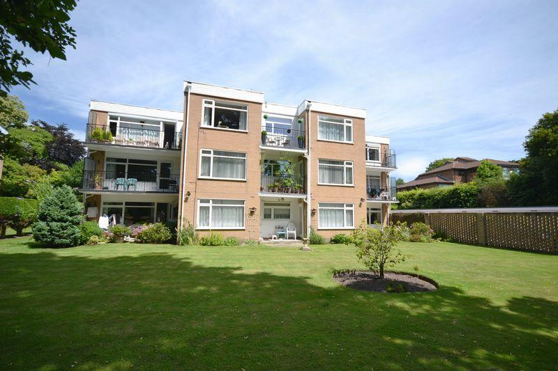 2 Bedrooms Apartment Flat for sale in The Maitlands, 8 Portarlington Road, West Cliff, Bournemouth