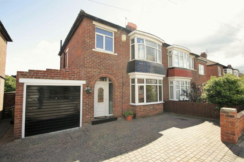 3 Bedrooms Semi Detached House for sale in Kingsley Road, Fairfield, Stockton, TS18 5AQ