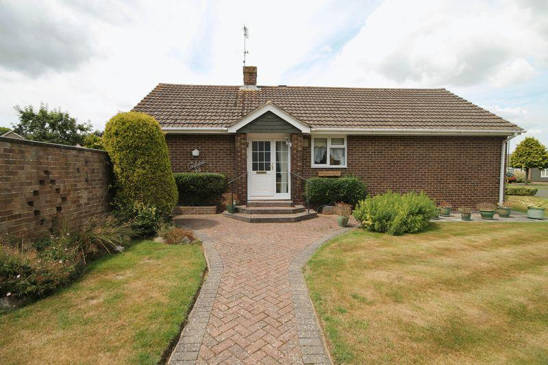 2 Bedrooms Detached Bungalow for sale in Wilderness Road, Hurstpierpoint, West Sussex,