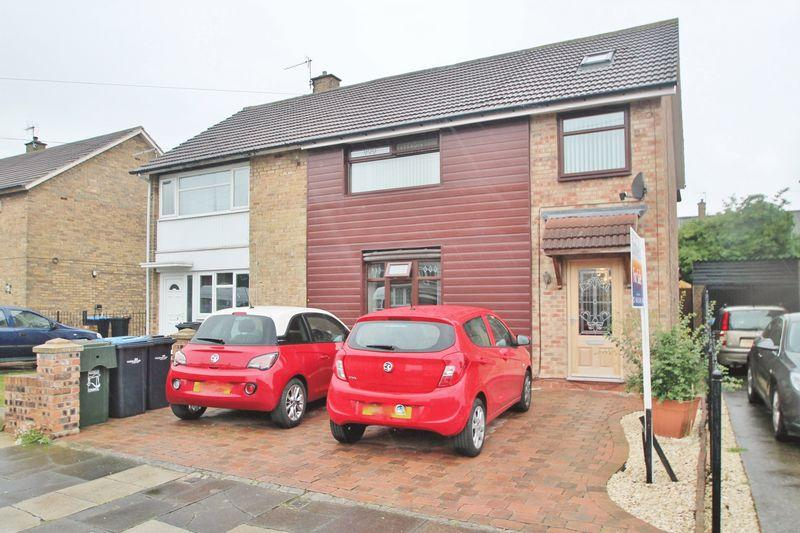 4 Bedrooms Semi Detached House for sale in Roseberry Road, Longlands