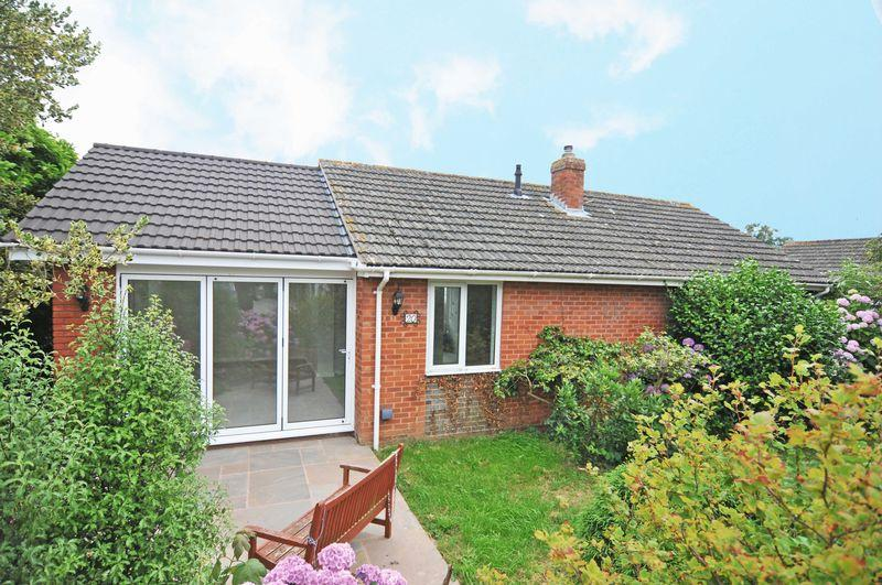 2 Bedrooms Bungalow for sale in Exminster