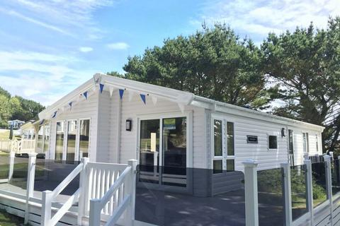 2 bedroom lodge for sale - Newquay Holiday Park, Newquay