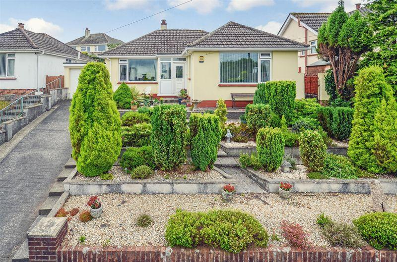 2 Bedrooms Detached Bungalow for sale in Templer Road, Paignton