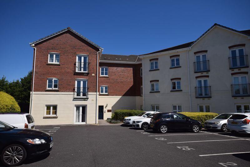 2 Bedrooms Apartment Flat for sale in Caer Castell House, Brackla, Bridgend, CF31 2DL