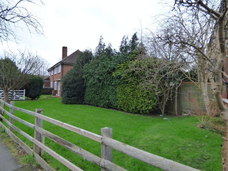 Land Commercial for sale in WEST EWELL