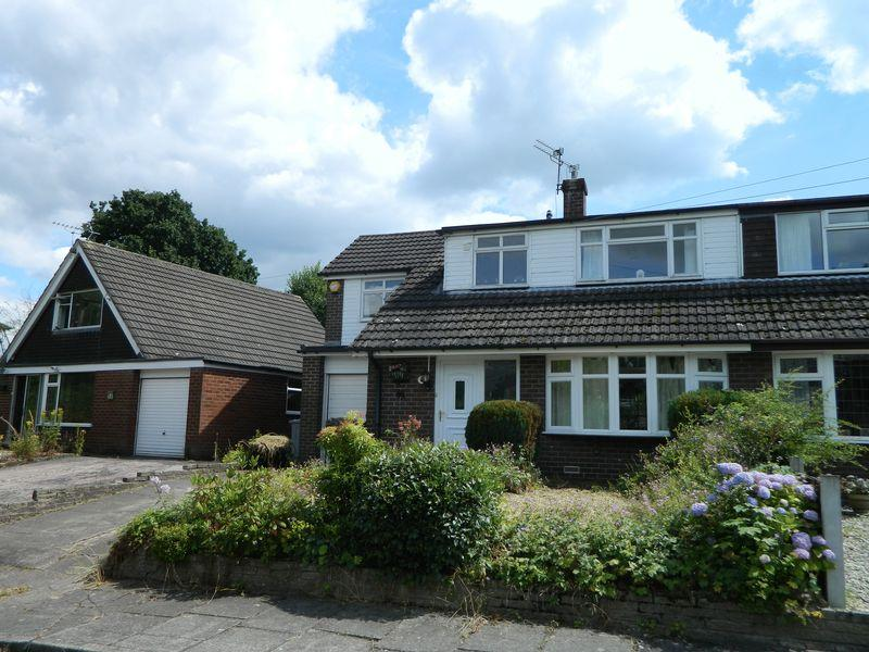 4 Bedrooms Semi Detached Bungalow for sale in Daisy Bank Drive, Sandbach