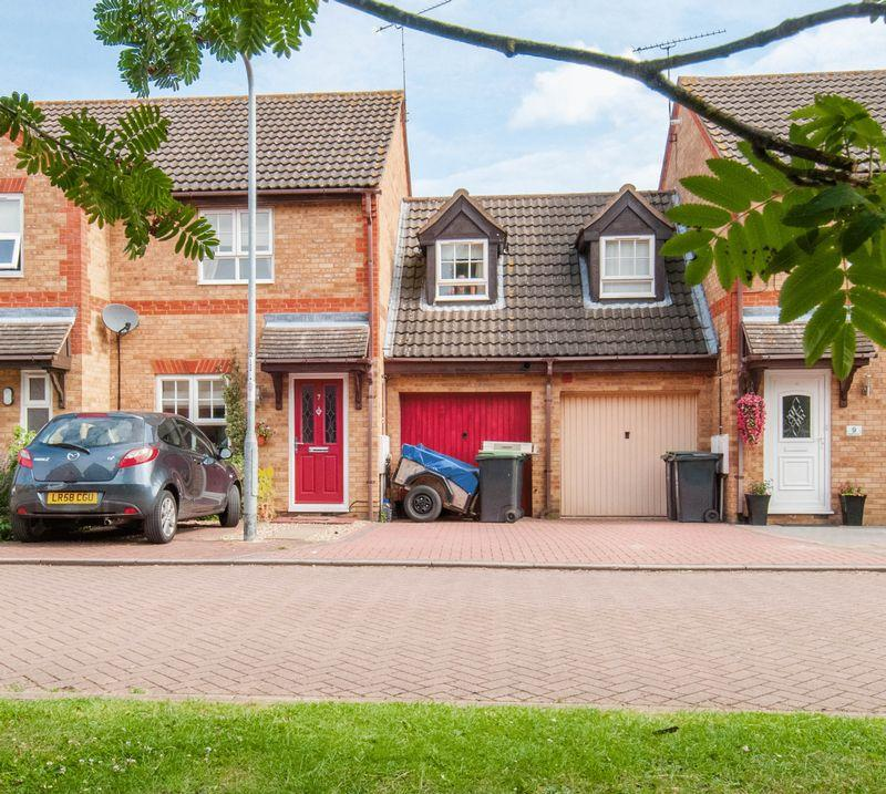 3 Bedrooms Terraced House for sale in Bede Close, Higham Ferrers