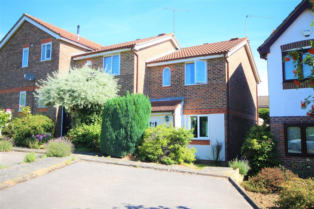 2 Bedrooms End Of Terrace House for sale in Poundfield Way, Twyford, Reading