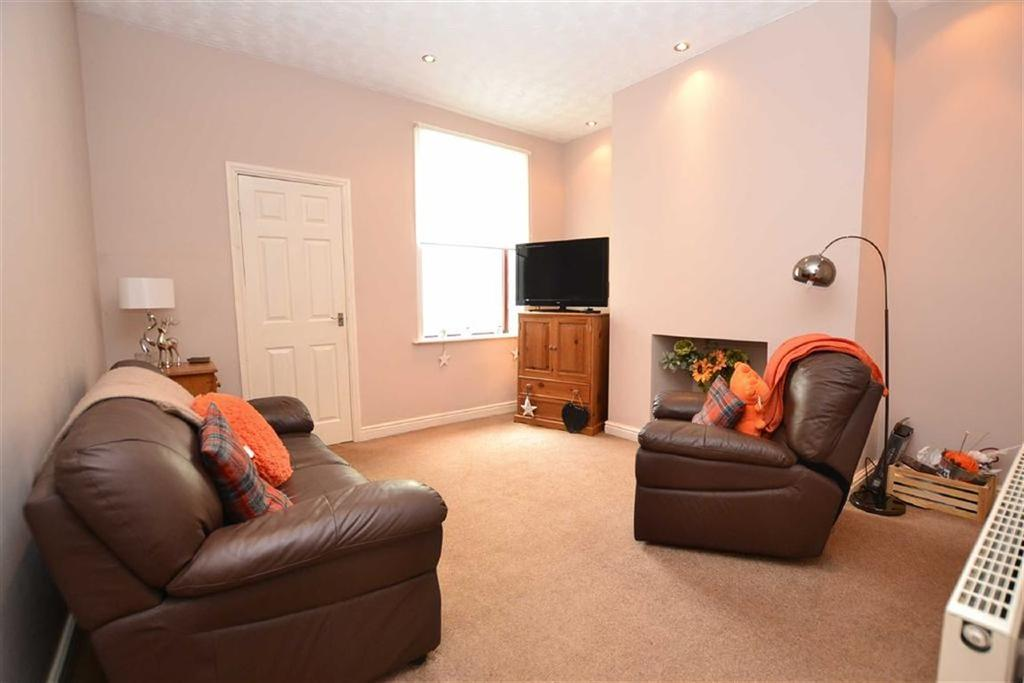 2 Bedrooms Terraced House for sale in Brockenhurst Street, Burnley, Lancashire