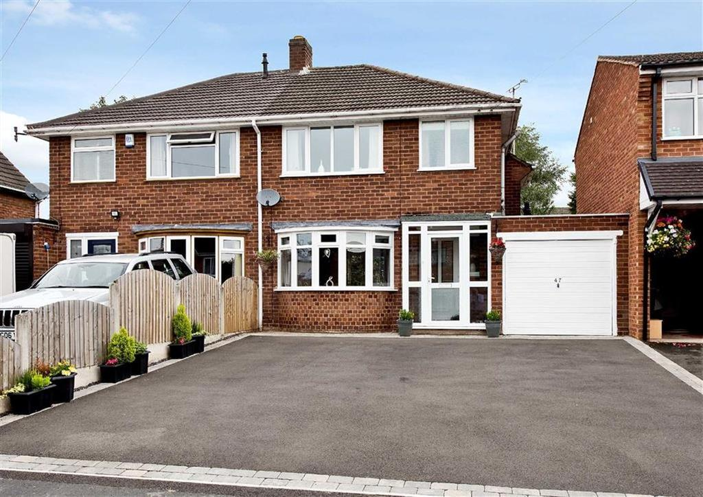 3 Bedrooms Semi Detached House for sale in 47, Sandringham Road, Wombourne, Wolverhampton, South Staffordshire, WV5