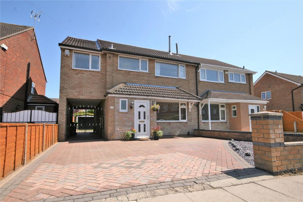 5 Bedrooms Semi Detached House for sale in Thorganby Road, Cleethorpes, DN35