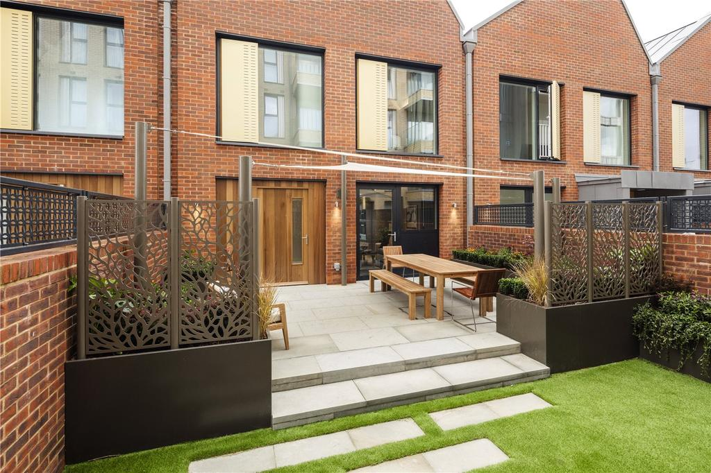 4 Bedrooms Terraced House for sale in The Holland, Fulham Riverside, Fulham, SW6