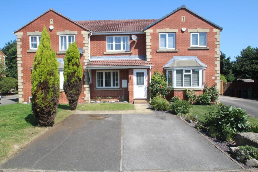 2 Bedrooms Town House for sale in BROADLAND WAY, LOFTHOUSE, WAKEFIELD, WF3 3NY