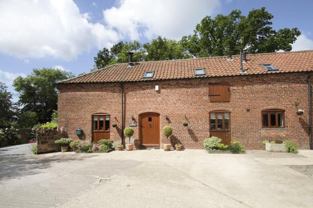 2 Bedrooms Barn Conversion Character Property for sale in Coton, Bridgnorth, Shropshire, WV15