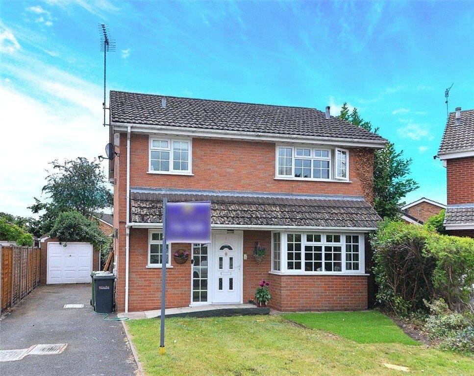 3 Bedrooms Detached House for sale in Astley Court, Stourport-on-Severn, DY13
