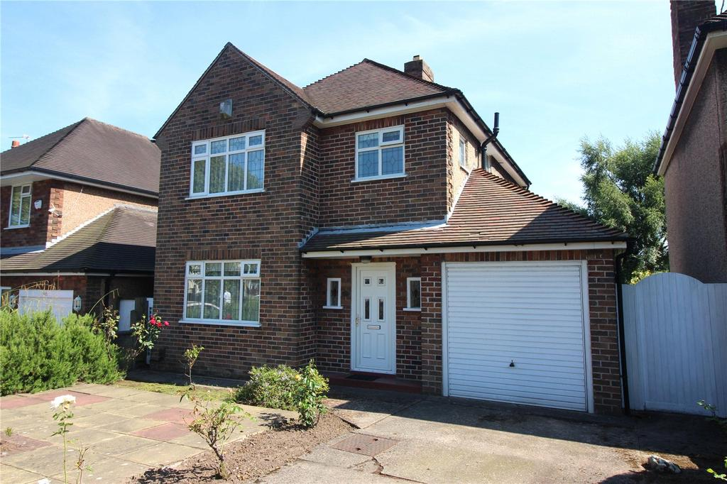 3 Bedrooms Detached House for sale in Kings Lane, Wirral, Merseyside, CH63