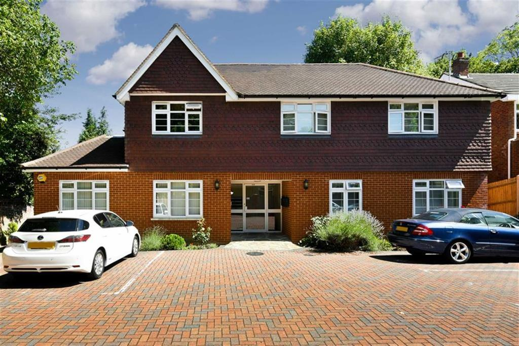 2 Bedrooms Flat for sale in Longdown Apartments, Epsom, Surrey