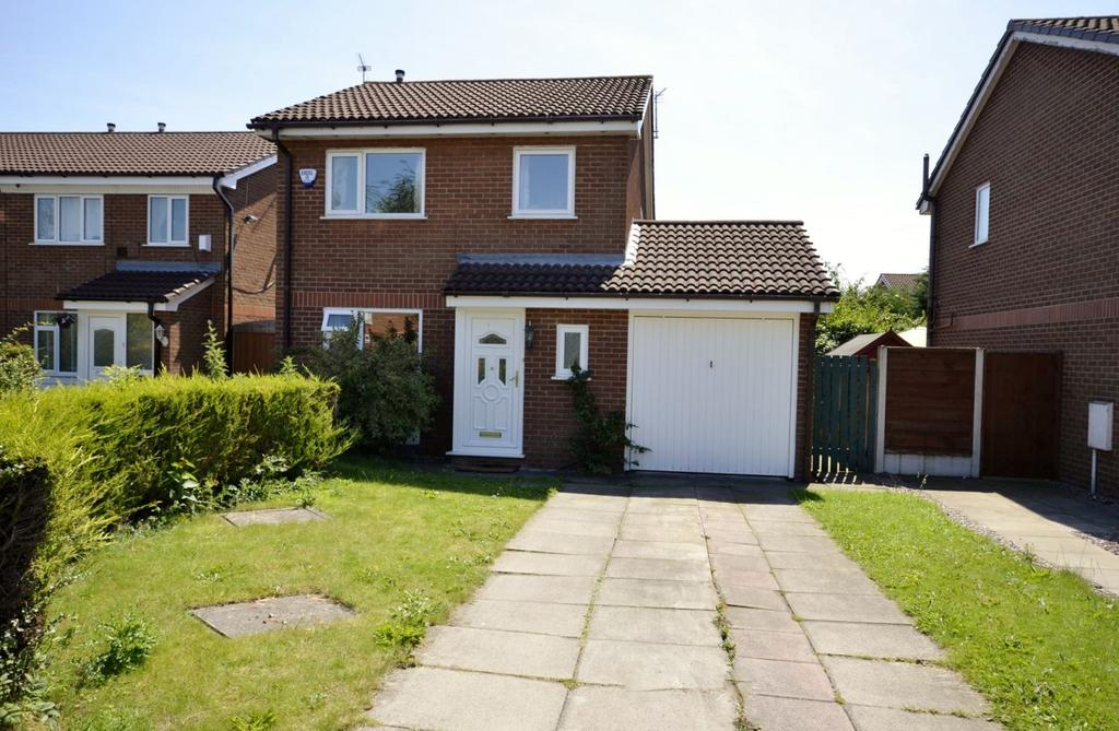 3 Bedrooms Detached House for sale in Pochard Drive, Broadheath, Altrincham